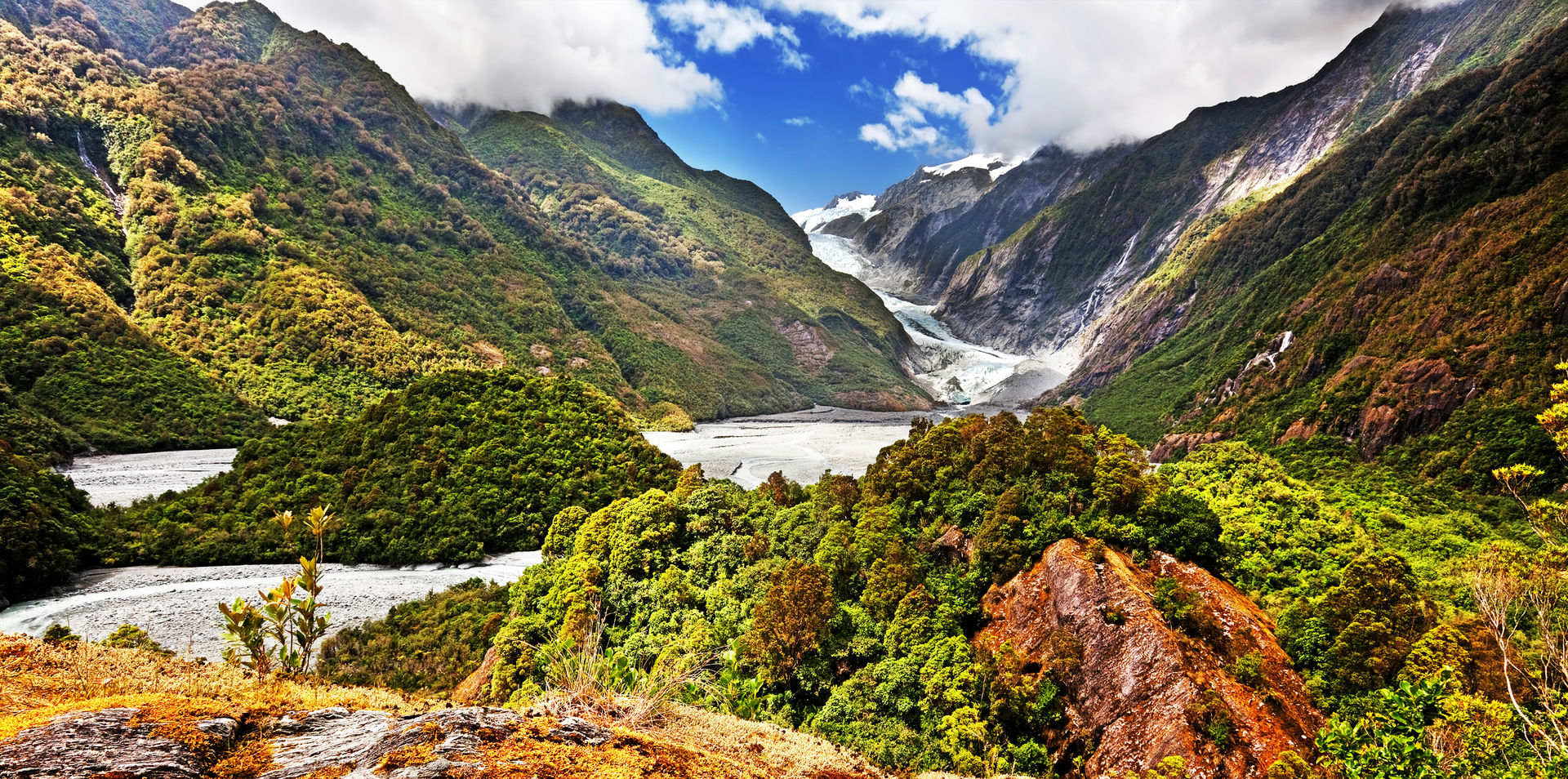 Rail and Cruise Experiences of New Zealand